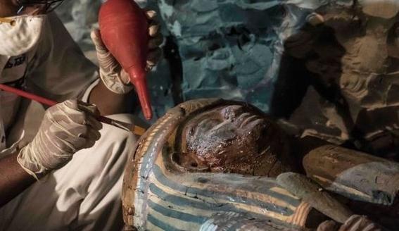 hallazgo en necropolis de egipto 4