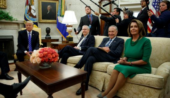 El DACA, el muro y el futuro de los dreamers: la negociación política de Trump con los líderes demócratas