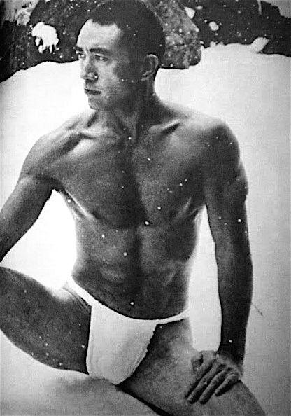 22 fotografías para admirar la desnudez y el erotismo de los hombres en Japón 19