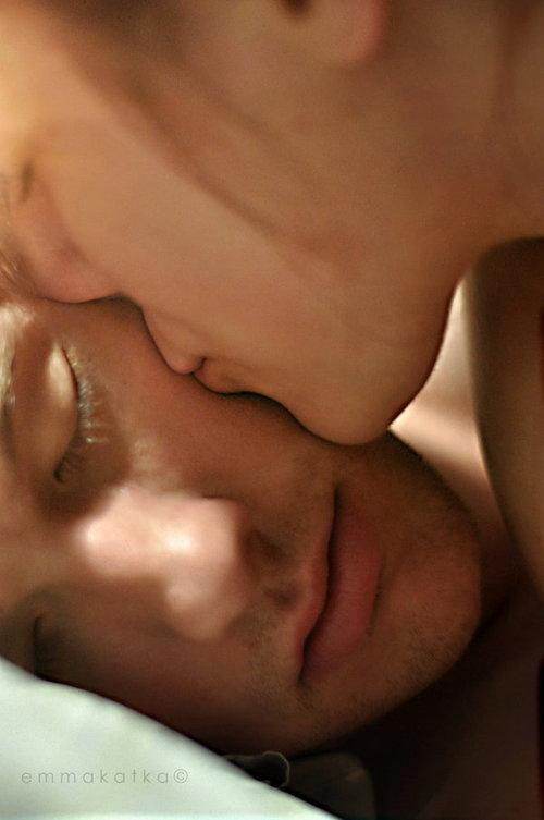 Poemas sensuales para susurrarle al oído a la persona que deseas conquistar 3