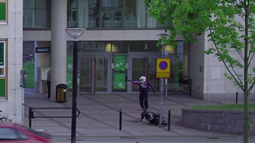 El cortometraje sobre un fallido robo a un banco que te convertirá en voyeurista 0
