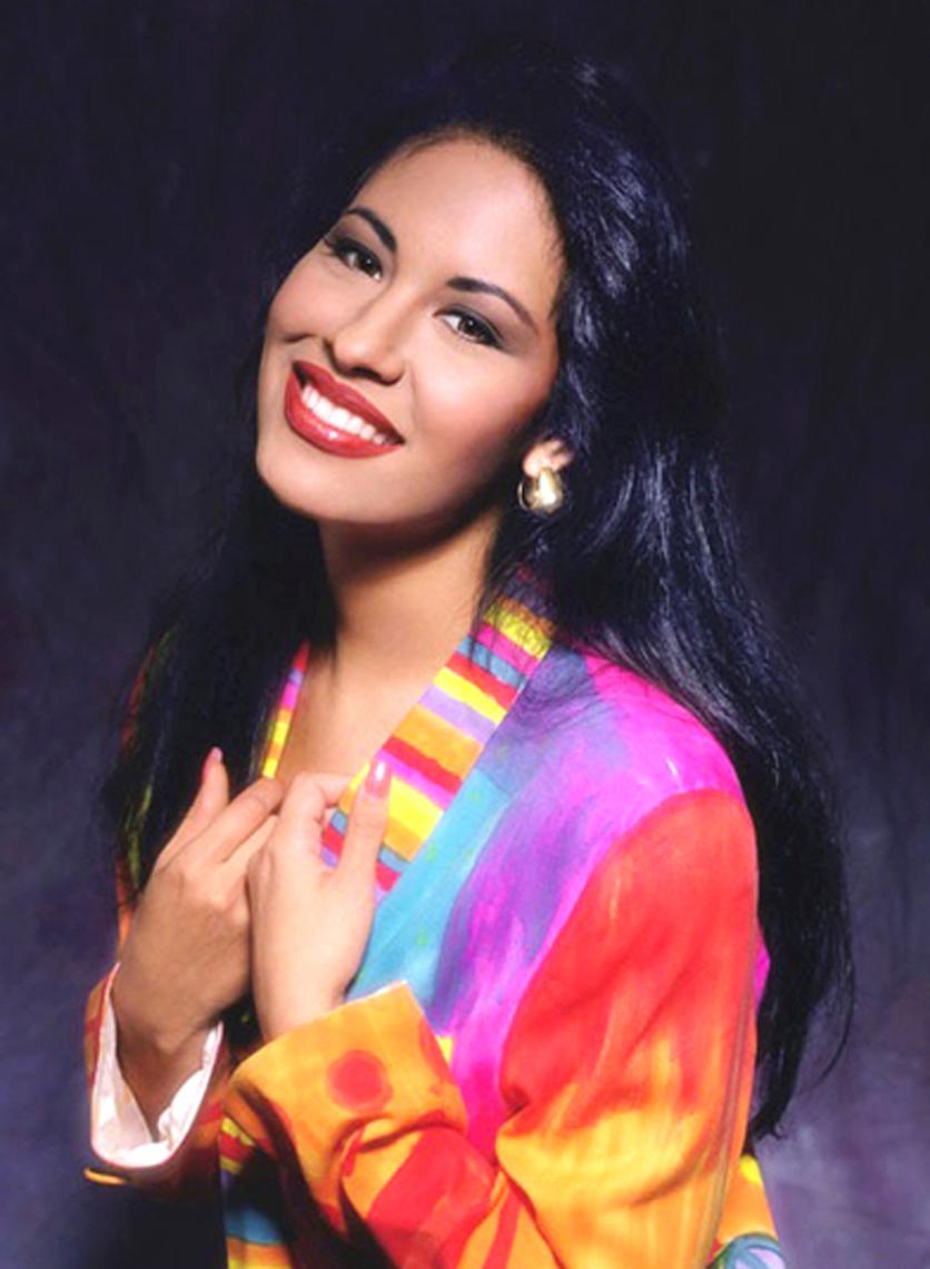 6 peinados inspirados en 6 momentos de Selena 6