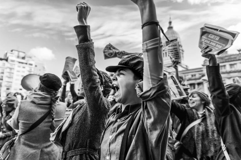 Poemas feministas para las mujeres que ya no tienen miedo y quieren cambiar el mundo 4