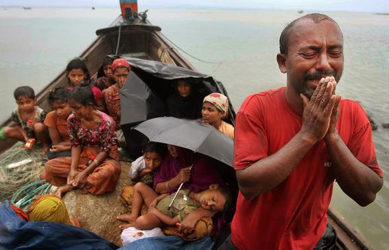 rohingyas tienen que cargar a sus muertos 1