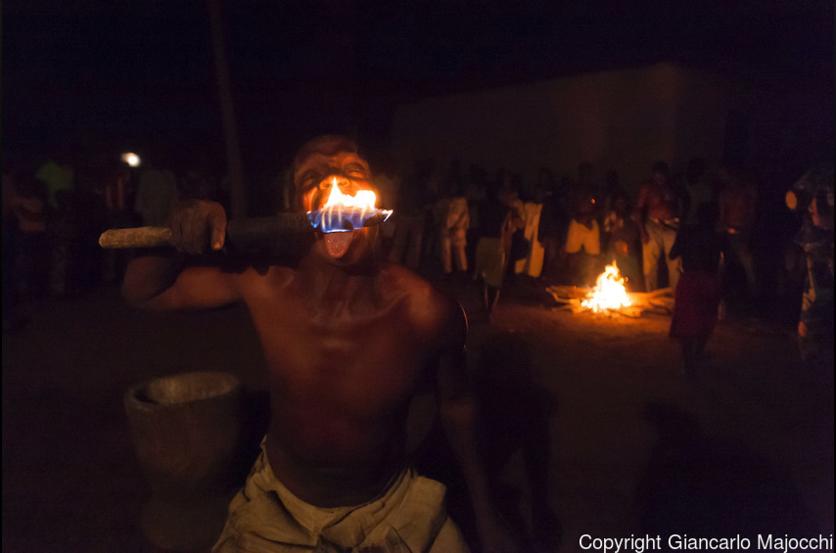 24 fotografías de sacrificios y vudú en África 11