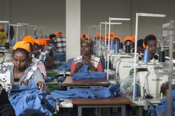 africanos ya no quieren ropa usada de occidente 4