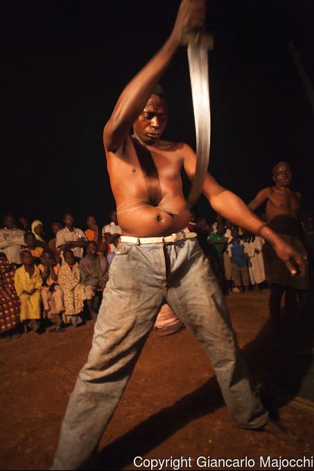 24 fotografías de sacrificios y vudú en África 15