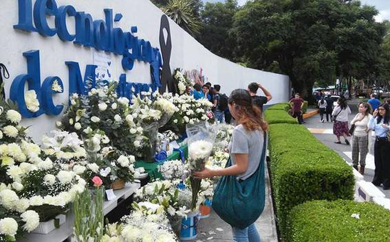 familiares de estudiantes fallecidos denuncian al tec de monterrey 2