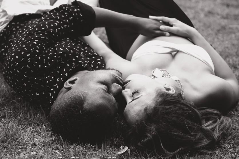 ¿Cómo saber si tu pareja tiene una aventura emocional? 3