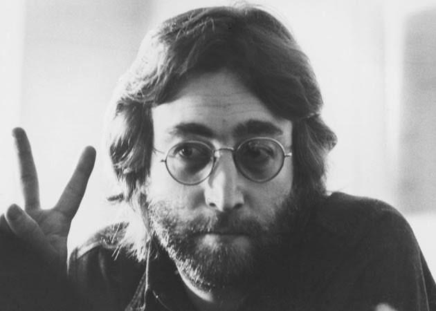 16 curiosidades que tal vez no conocías sobre John Lennon 0