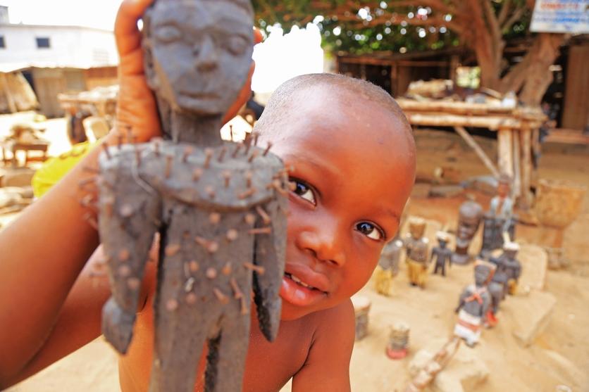 24 fotografías de sacrificios y vudú en África 9