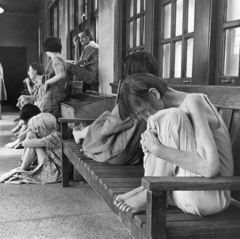 Fotografías históricas de cómo se vivía en un manicomio 10