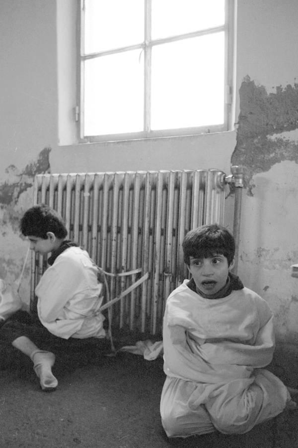 Fotografías históricas de cómo se vivía en un manicomio 11