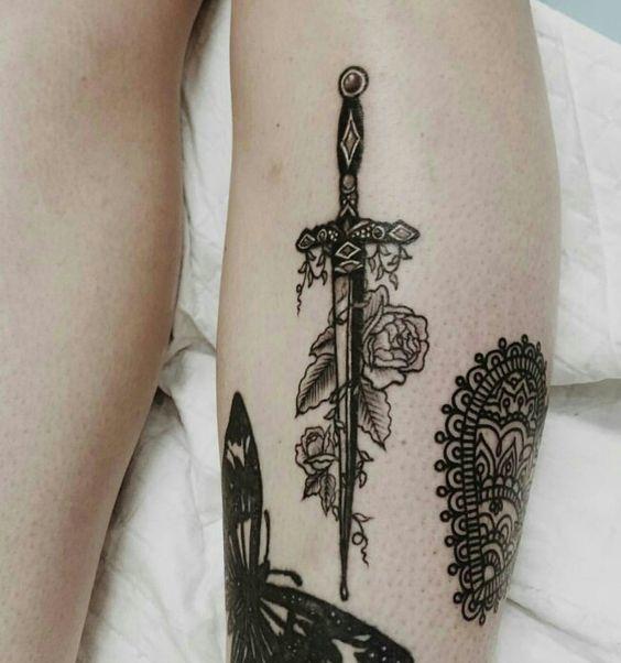 tatuajes de espadas 2