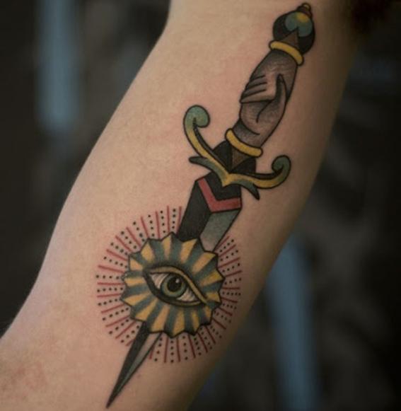tatuajes de espadas 5