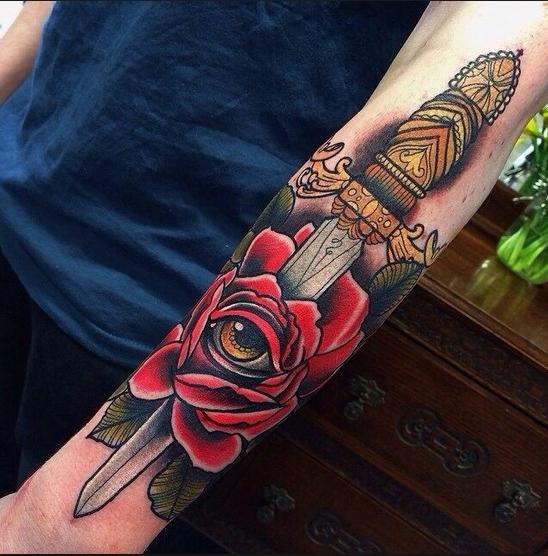 tatuajes de espadas 6