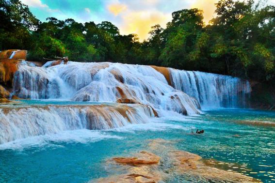 se secan cascadas de agua azul 1