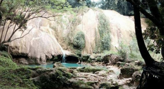 se secan cascadas de agua azul 2