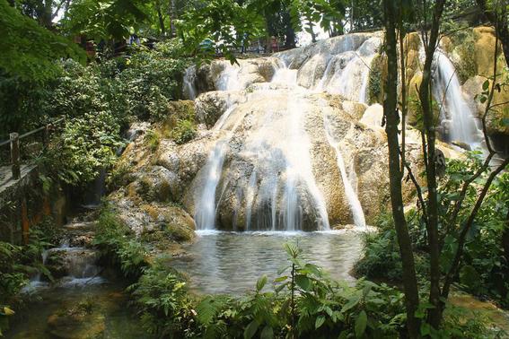 se secan cascadas de agua azul 3