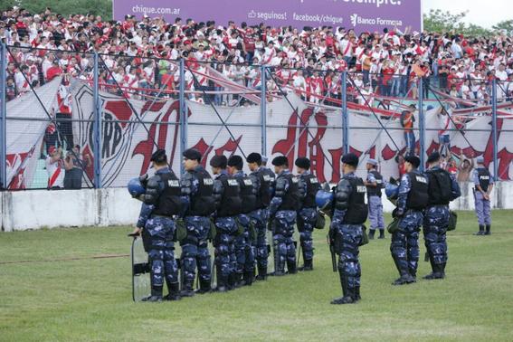 profugos argentinos caen por ir al estadio 2
