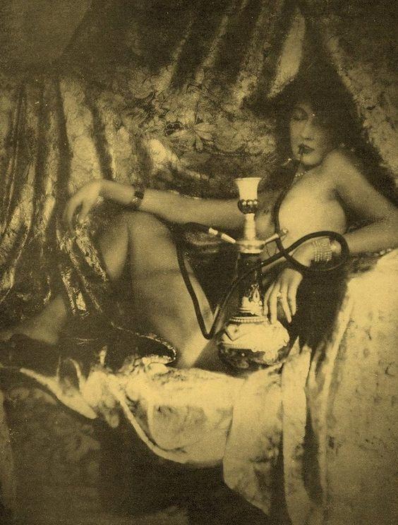 fotografias historicas de mujeres fumadoras de opio 5