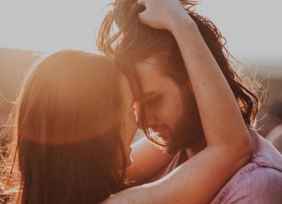 momentos en los que un hombre intenta tener una relacion contigo 10