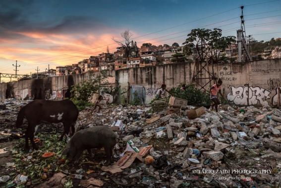 fotografias sobre la pobreza en brasil de tariq zaidi 9