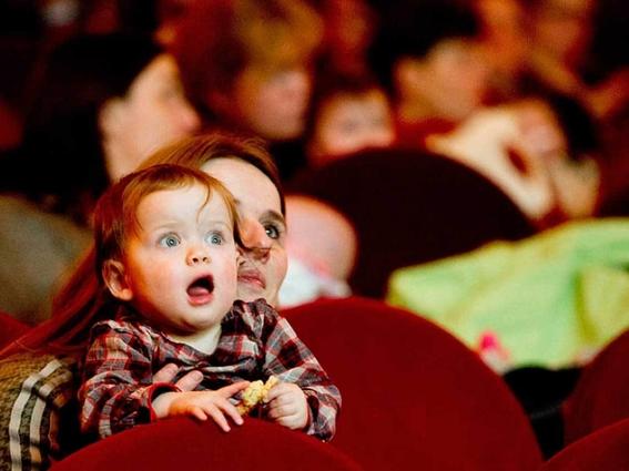 prohibir a ninos menores ir al cine 2