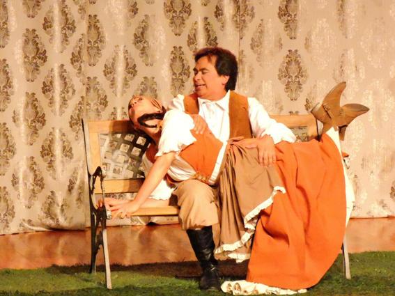 director de teatro felipe oliva acusado de violacion 4