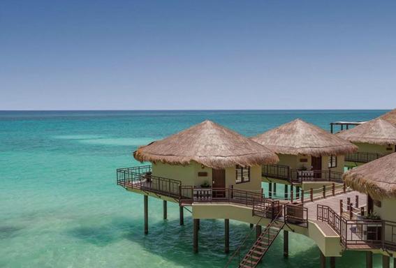 hotel flotante en caribe mexicano 3