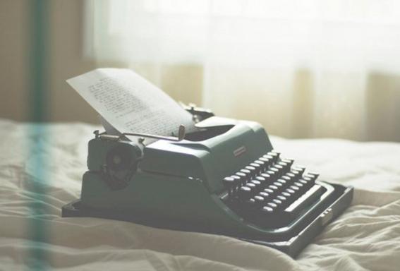 ser oficinista puede hacerte mejor escritor 1