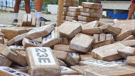 7 mil habitantes que se volvieron drogadictos por tonelada de coca 2