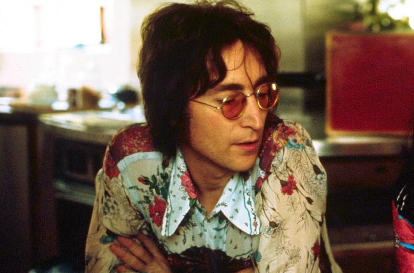 Drogas, paranoia y ocultismo: el lado oscuro de John Lennon antes de morir 2