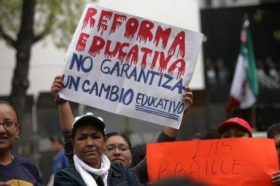 amlo da a conocer sus propuestas de gobierno 2