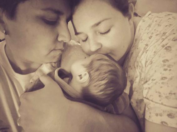 niegan registro a bebe de pareja gay en cancun 1
