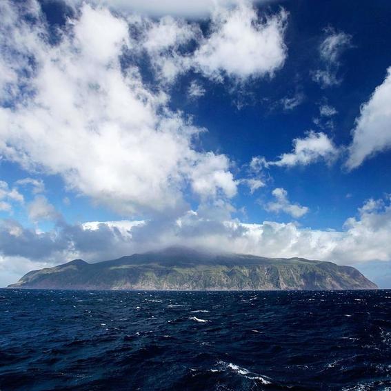 tristan de cunha island 9