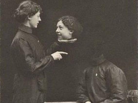 victorian headless portraits 1