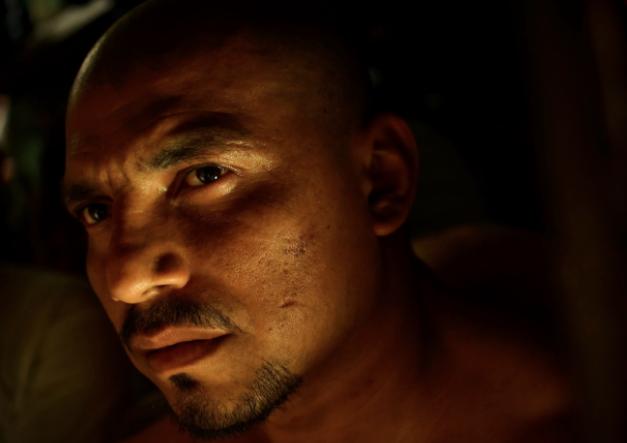 Cómo se vive adentro de una prisión entre tortura y maras en 24 fotografías de Meredith Kohut 4