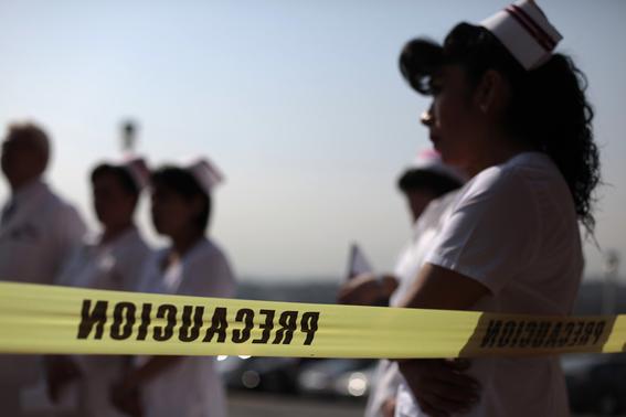 narcotraficantes asesinan a doctores en mexico 1