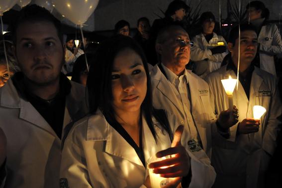 narcotraficantes asesinan a doctores en mexico 3