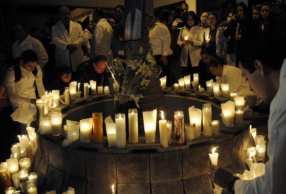 narcotraficantes asesinan a doctores en mexico 4