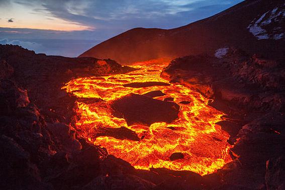 descubren lava bajo estados unidos 2