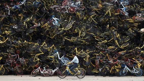 cementerios de bicicletas en china 4