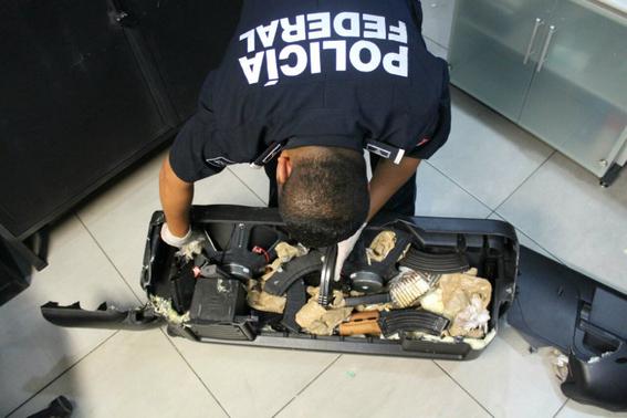 asi operan los carteles mexicanos en el aeropuerto 2