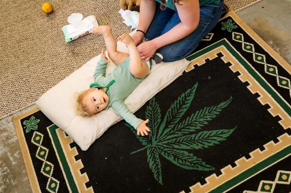 mujeres embarazadas fuman marihuana en estados unidos 2