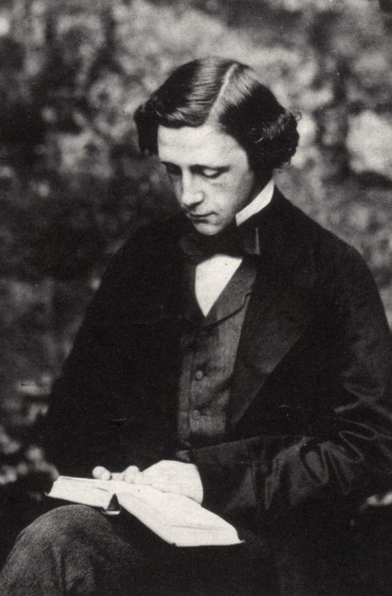 Cosas que no sabías sobre Lewis Carroll 0