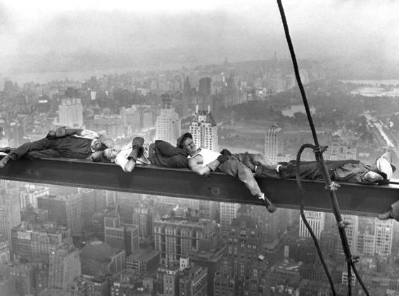 almuerzo sobre un rascacielos 5