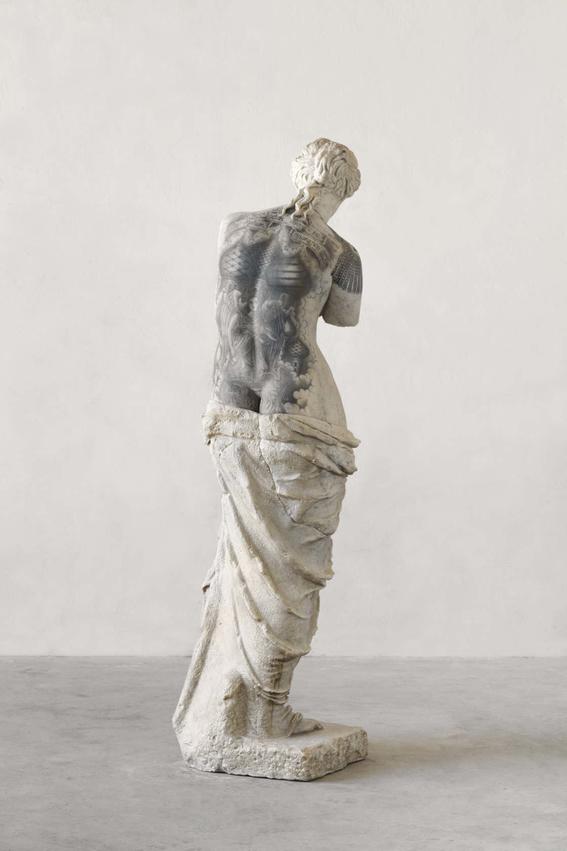 esculturas clasicas tatuadas de fabio viale 2