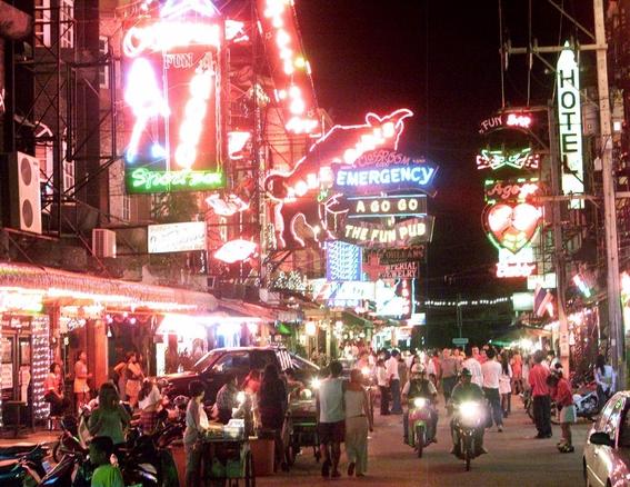 bangkok se hunde por extraccion de agua ilegal en prostibulos 1