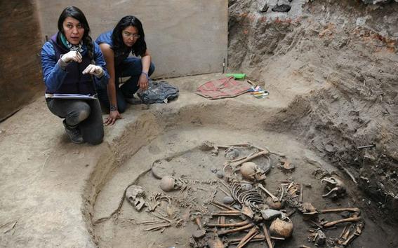 inah halla tumba de los primeros habitantes 2